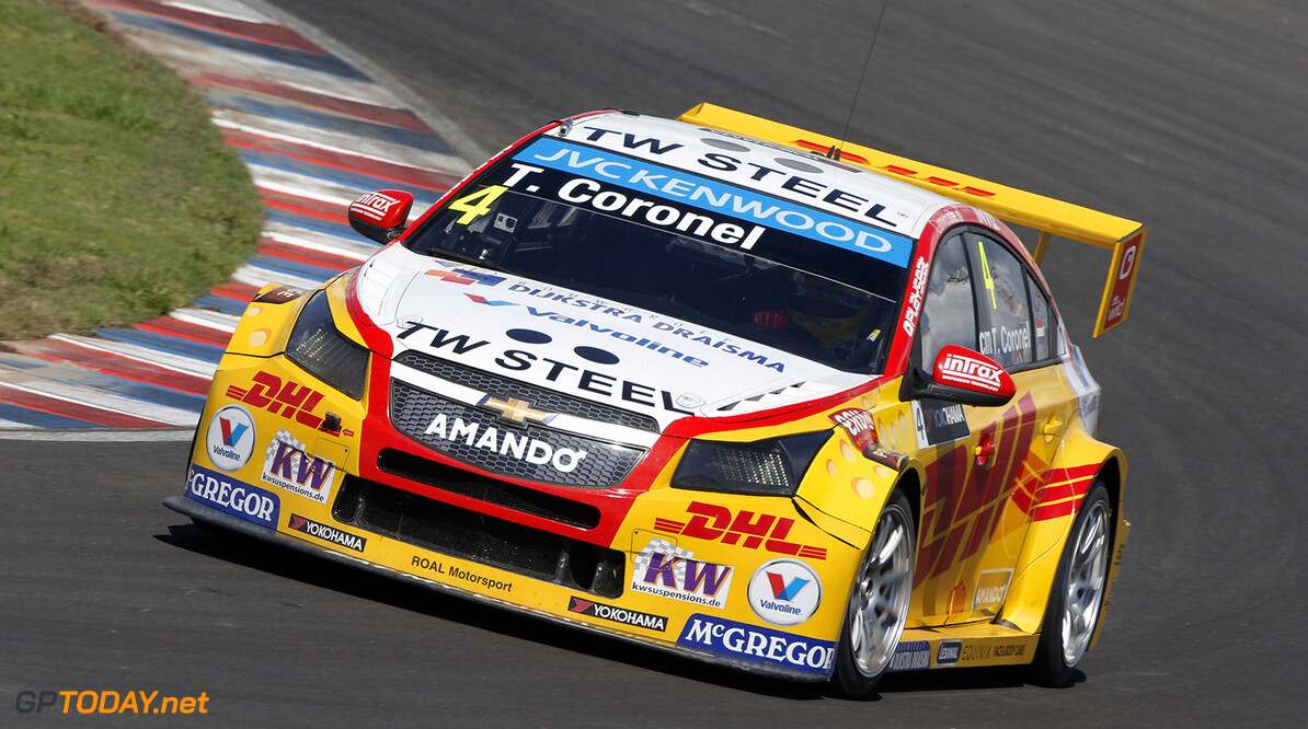 04 CORONEL Tom (ned) Chevrolet Cruze team Roal motorsport action during the 2015 FIA WTCC World Touring Car Race of Argentina at Termas de Rio Hondo, Argentina on March 6th to 8th 2015. Photo Francois Flamand / DPPI. AUTO - WTCC ARGENTINA 2015 Francois Flamand Termas de Rio Hondo Argentina  Auto CHAMPIONNAT DU MONDE CIRCUIT COURSE FIA Motorsport TOURISME WTCC argentine argentina south america amerique du sud