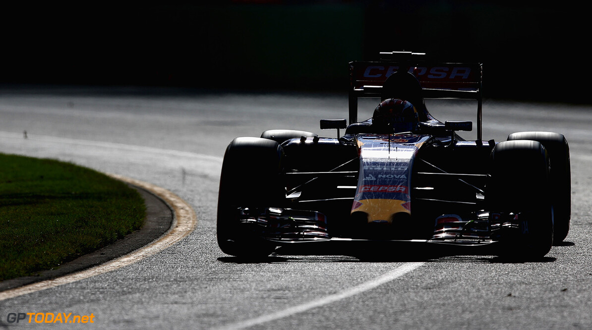 MELBOURNE, AUSTRALIA - MARCH 15:  Max Verstappen of Netherlands and Scuderia Toro Rosso drives during the Australian Formula One Grand Prix at Albert Park on March 15, 2015 in Melbourne, Australia.  (Photo by Clive Mason/Getty Images) *** Local Caption *** Max Verstappen Australian F1 Grand Prix Clive Mason Melbourne Australia  Formula One Racing formula 1 Auto Racing Formula 1 Australian Grand Prix Australian Formula One Grand Prix Formula One Grand Prix Australia F1 Grand Prix