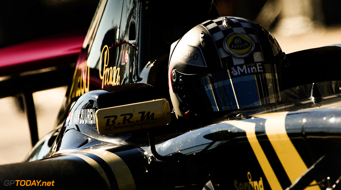 "Permane: ""Renault delay adds 'compromises' to 2016 car"""