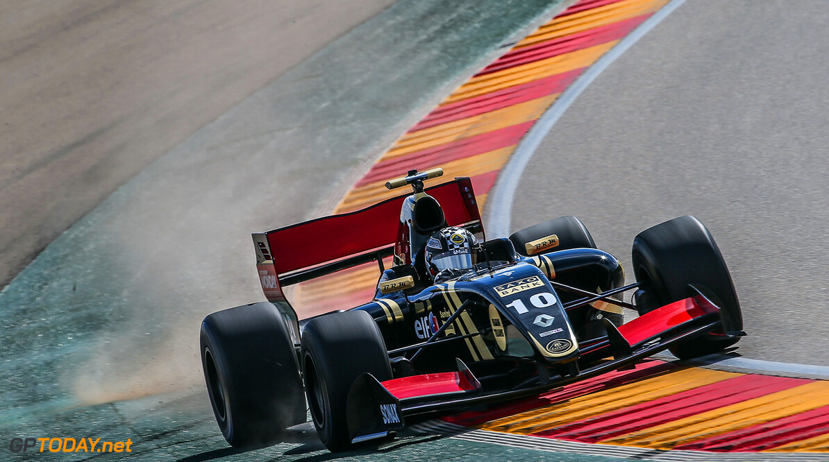 MOTORLAND-AUTOSPORT-WORLD SERIES RENAULT ALCANIZ (ESP) MAR 29-31 2015 - Collective test of World Series by Renault 2015 at Motorland Aragon. Meindert van Buuren jr. #10 Lotus. Action. (C) 2015 Diederik van der Laan  / Dutch Photo Agency / LAT Photographic  Diederik van der Laan Alcaniz Spain  Alcaniz Aragon Auto Autosport Car Formula Michelin Motorland Motorsports Race Racing Renault Track World Series