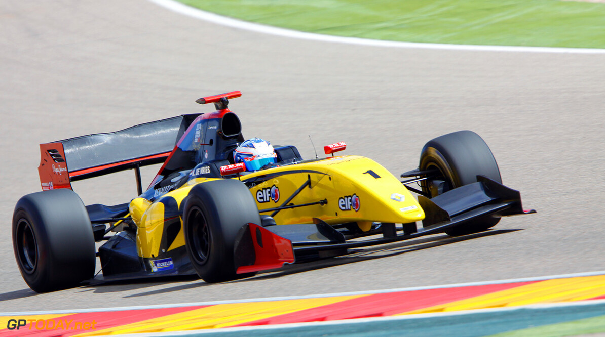 01 DE VRIES Nyck (NED) Formula Renault 3.5 action during 2015  Formula Renault 3.5 tests at Motorland, Spain from March 30th to 31rd 2015. Photo Lorenzo Charlez / AS Media AUTO - FR 3.5 TESTS AT MOTORLAND 2015 Lorenzo Charlez Motorland Espagne  tests essais formula monoplace circuits mars march Espagne Europe track FR 3.5 3.5 LITRES LITRES