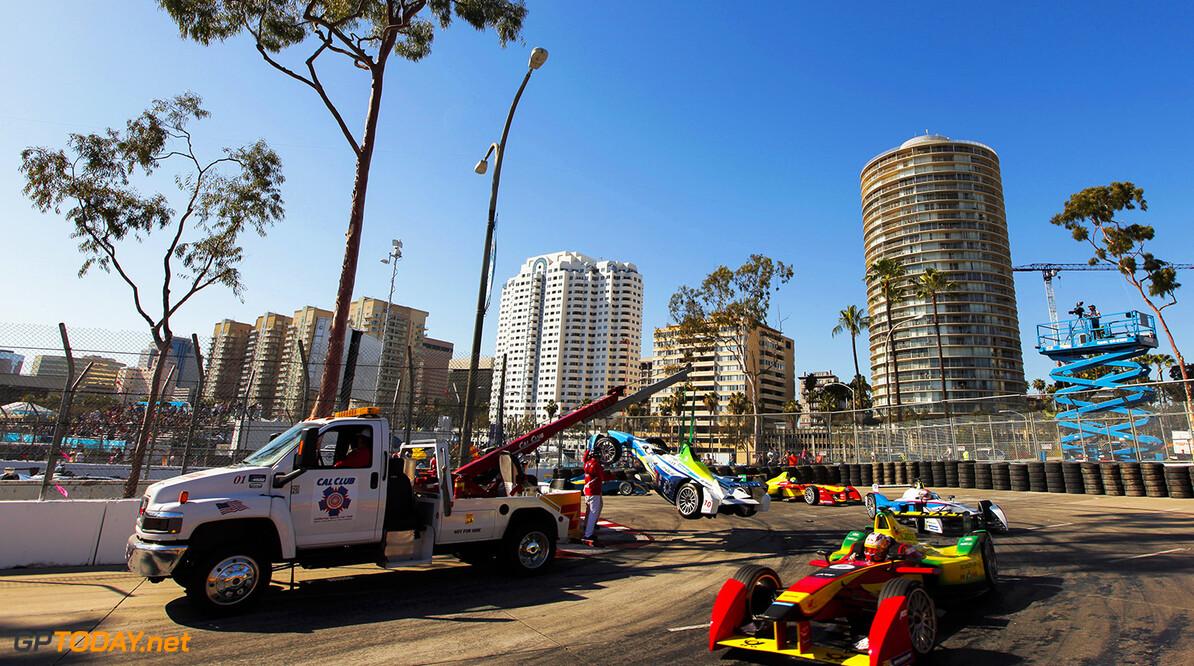 2014/2015 FIA Formula E Championship. Long Beach ePrix, Long Beach, California, United States of America. Saturday 4 April 2015  Photo: Zak Mauger/LAT/Formula E ref: Digital Image _MG_5701   Zak Mauger    fe formula e usa