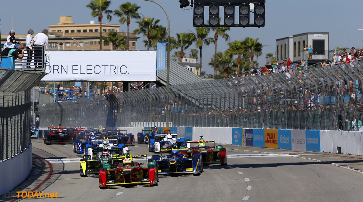 2014/2015 FIA Formula E Championship. Long Beach ePrix, Long Beach, California, United States of America. Saturday 4 April 2015  Photo: Zak Mauger/LAT/Formula E ref: Digital Image _L0U7961   Zak Mauger    fe formula e usa