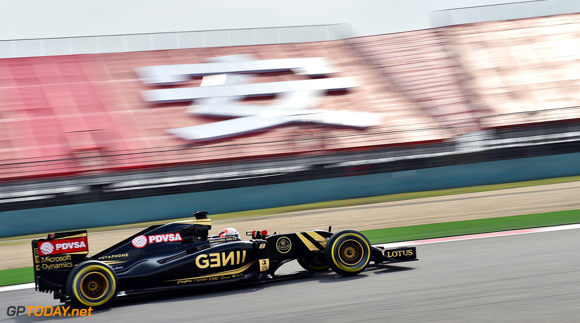 Formula One World Championship Romain Grosjean (FRA) Lotus F1 E23.