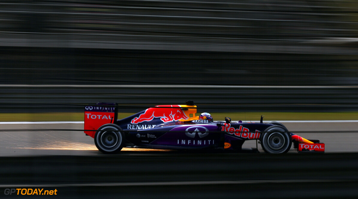 SHANGHAI, CHINA - APRIL 10:  Daniel Ricciardo of Australia and Infiniti Red Bull Racing drives during practice for the Formula One Grand Prix of China at Shanghai International Circuit on April 10, 2015 in Shanghai, China.  (Photo by Clive Mason/Getty Images) // Getty Images/Red Bull Content Pool // P-20150410-00058 // Usage for editorial use only // Please go to www.redbullcontentpool.com for further information. //  F1 Grand Prix of China - Practice Clive Mason Shanghai China  P-20150410-00058