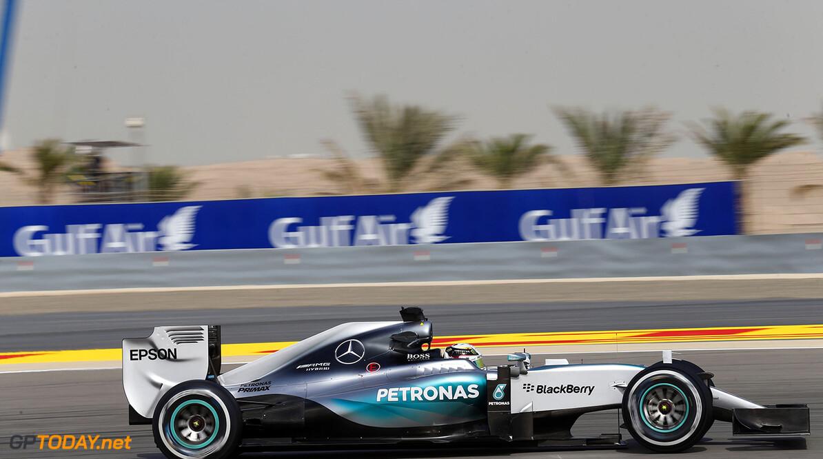 VT3: Mercedes en Ferrari strijden om kopposities