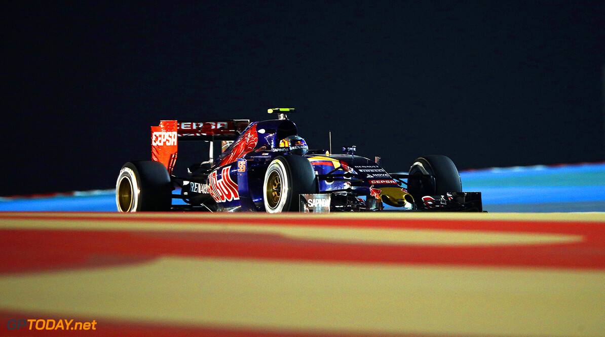 BAHRAIN, BAHRAIN - APRIL 19:  Carlos Sainz of Spain and Scuderia Toro Rosso during the Bahrain Formula One Grand Prix at Bahrain International Circuit on April 19, 2015 in Bahrain, Bahrain.  (Photo by Mark Thompson/Getty Images) *** Local Caption *** Carlos Sainz F1 Grand Prix of Bahrain Mark Thompson Bahrain Bahrain  formula 1 Formula One Racing Auto Racing Formula 1 Grand Prix of Bahrain Bahrain Formula One Grand Prix Formula One Grand Prix