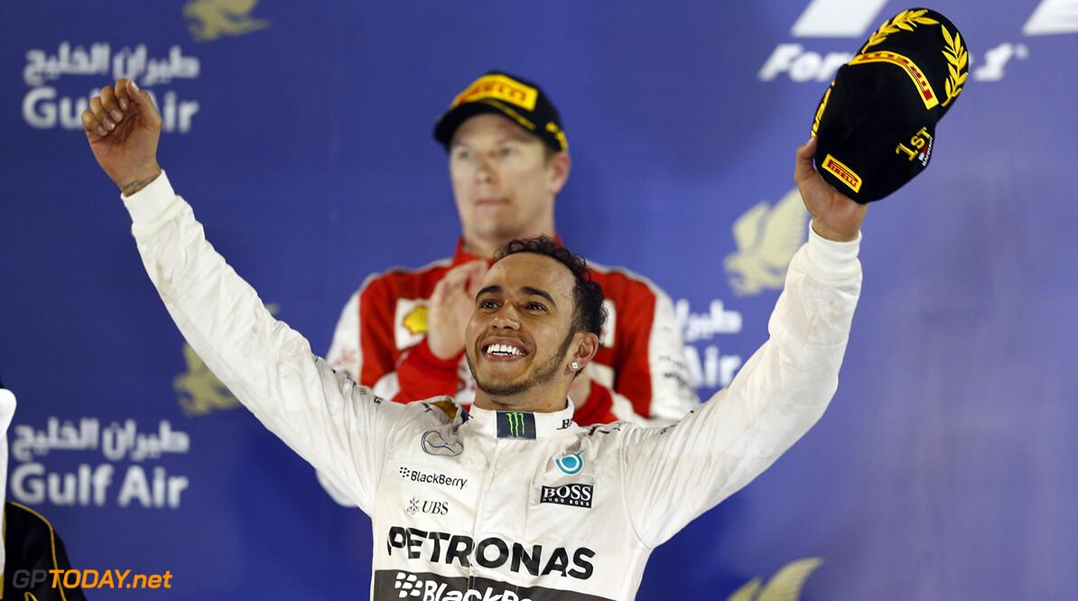 Hamilton wants F1 Weekends to Change