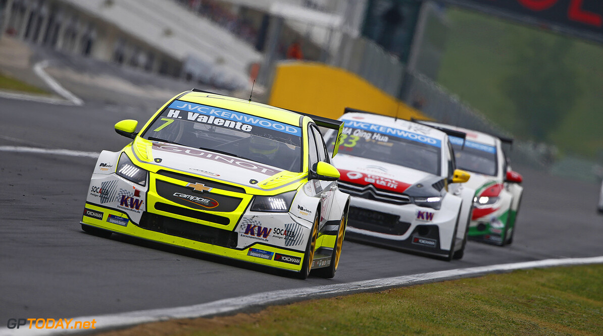07 VALENTE Hugo (fra) Chevrolet Cruze team Campos racing action     during the 2015 FIA WTCC World Touring Car Race of Hungary at hungaroring, Budapest from May 1st to 3rd 2015. Photo Frederic Le Floch / DPPI. AUTO - WTCC HUNGARY 2015 Frederic Le Floch Budapest Hungary  Auto CHAMPIONNAT DU MONDE CIRCUIT COURSE FIA Motorsport TOURISME WTCC hongrie europe