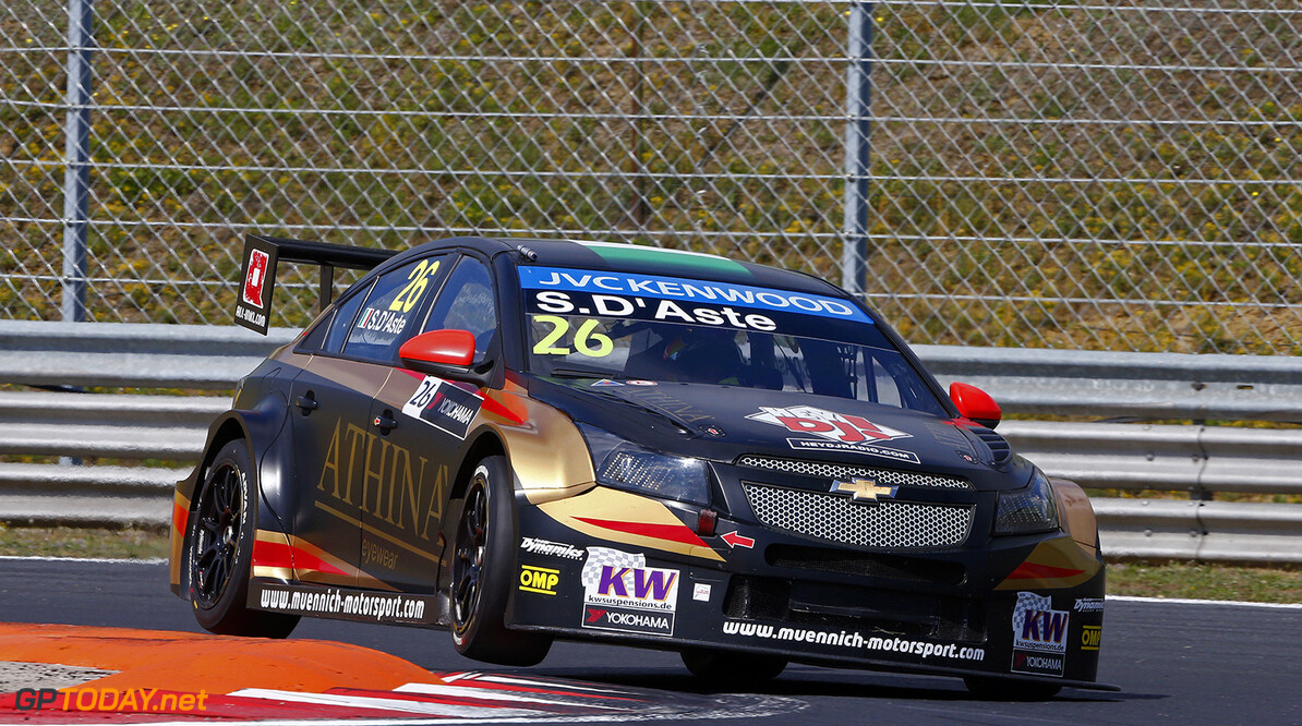 26 D'ASTE Stefano (ita) Chevrolet Cruze team Munnich motorsport action   during the 2015 FIA WTCC World Touring Car Race of Hungary at hungaroring, Budapest from May 1st to 3rd 2015. Photo Frederic Le Floch / DPPI. AUTO - WTCC HUNGARY 2015 Frederic Le Floch Budapest Hungary  Auto CHAMPIONNAT DU MONDE CIRCUIT COURSE FIA Motorsport TOURISME WTCC hongrie europe
