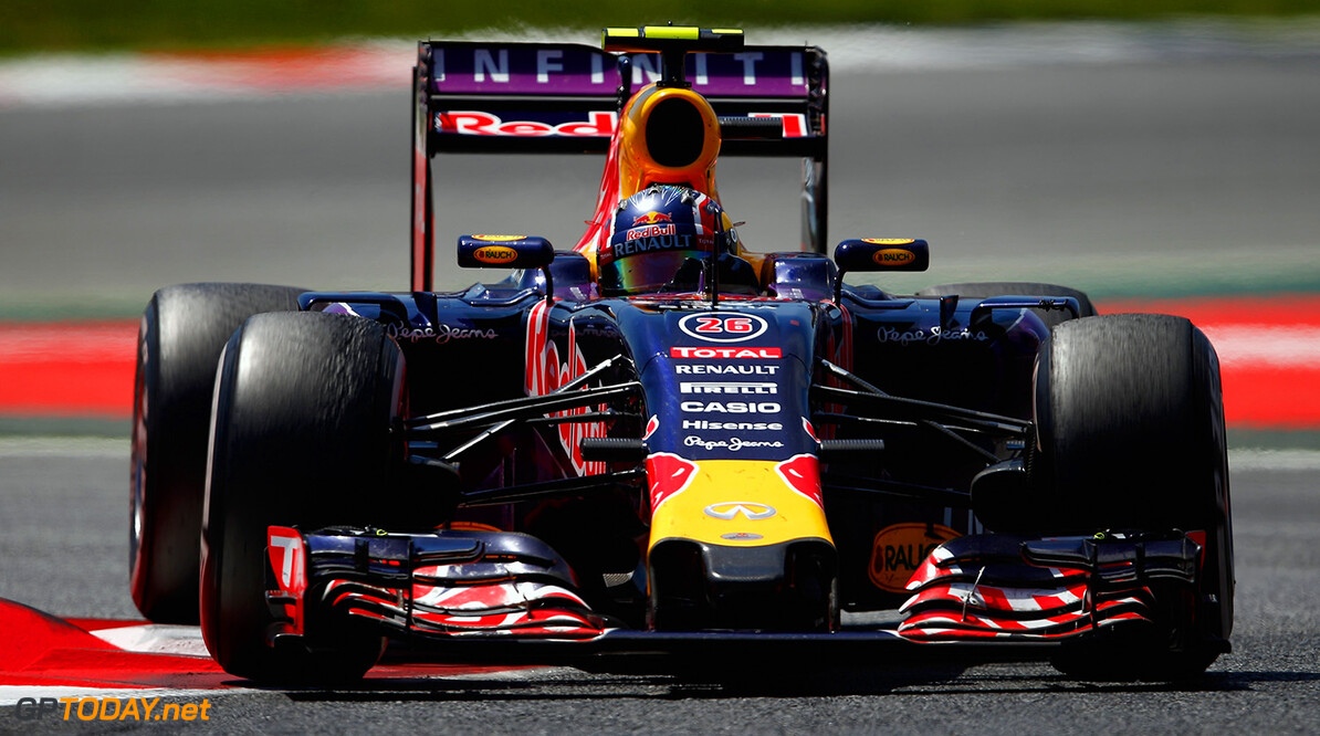 MONTMELO, SPAIN - MAY 10:  Daniil Kvyat of Russia and Infiniti Red Bull Racing drives during the Spanish Formula One Grand Prix at Circuit de Catalunya on May 10, 2015 in Montmelo, Spain.  (Photo by Paul Gilham/Getty Images) // Getty Images/Red Bull Content Pool // P-20150510-00189 // Usage for editorial use only // Please go to www.redbullcontentpool.com for further information. //  Spanish F1 Grand Prix Paul Gilham Barcelona (City) Spain  P-20150510-00189