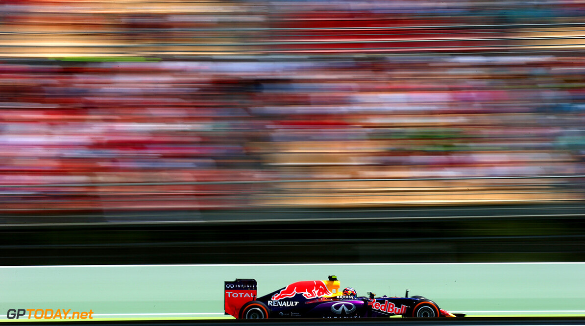 MONTMELO, SPAIN - MAY 10:  Daniil Kvyat of Russia and Infiniti Red Bull Racing drives during the Spanish Formula One Grand Prix at Circuit de Catalunya on May 10, 2015 in Montmelo, Spain.  (Photo by Mark Thompson/Getty Images) // Getty Images/Red Bull Content Pool // P-20150510-00217 // Usage for editorial use only // Please go to www.redbullcontentpool.com for further information. //  Spanish F1 Grand Prix Mark Thompson Barcelona (City) Spain  P-20150510-00217