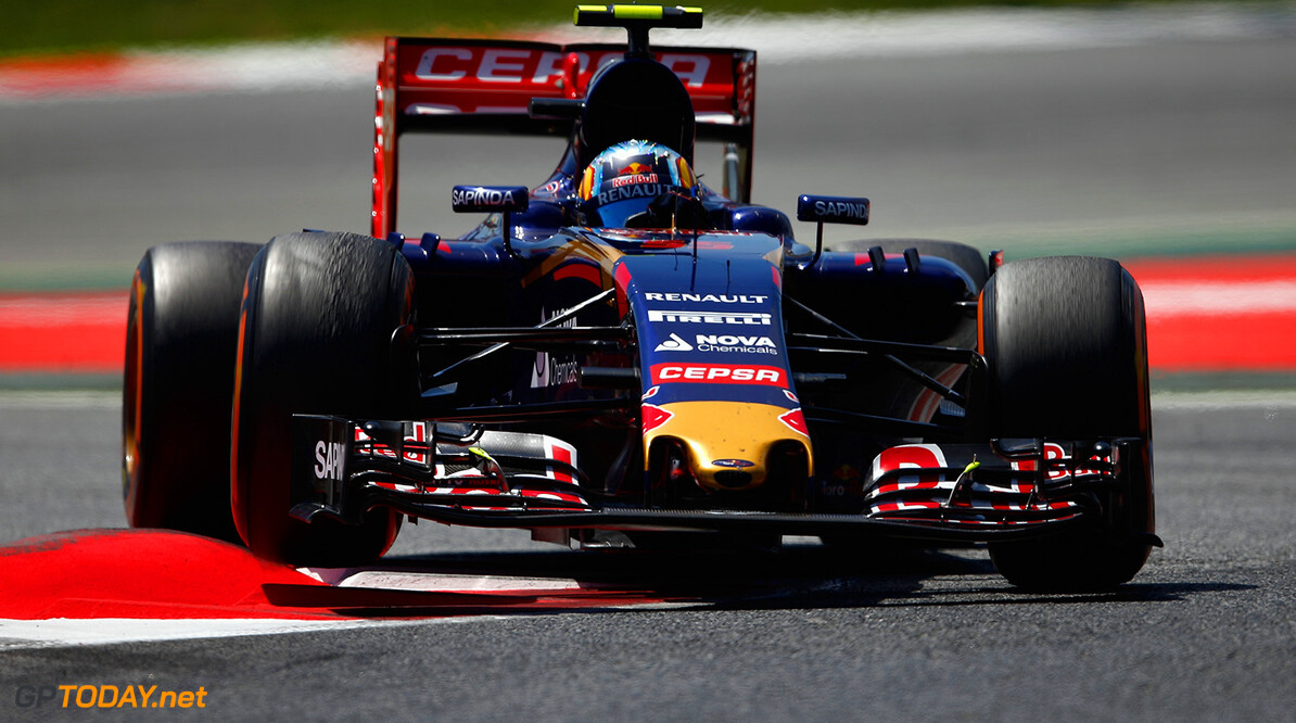 MONTMELO, SPAIN - MAY 10:  Carlos Sainz of Spain and Scuderia Toro Rosso drives during the Spanish Formula One Grand Prix at Circuit de Catalunya on May 10, 2015 in Montmelo, Spain.  (Photo by Paul Gilham/Getty Images) *** Local Caption *** Carlos Sainz Spanish F1 Grand Prix Paul Gilham Montmelo Spain  Formula One Racing formula 1 Auto Racing Spain F1 Grand Prix Spanish Formula One Grand Prix Formula One Grand Prix