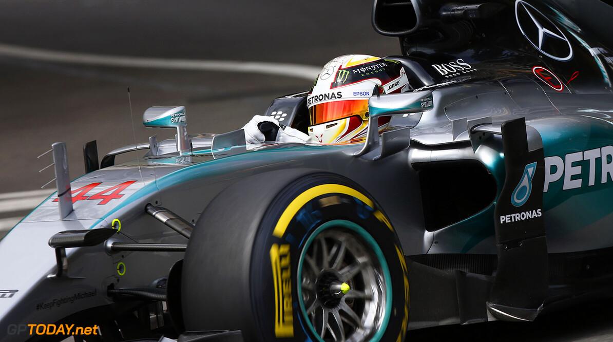 Hamilton pakt pole in Canada, Verstappen rijdt twaalfde tijd