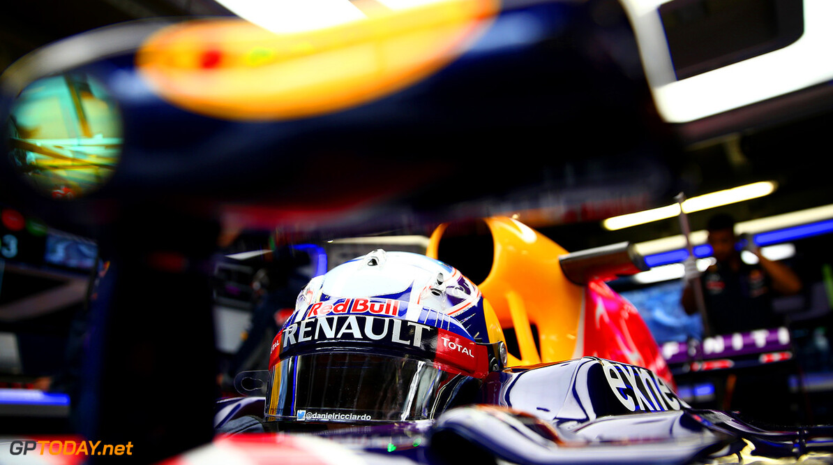 MONTE-CARLO, MONACO - MAY 21:  Daniel Ricciardo of Australia and Infiniti Red Bull Racing sits in his car in the garage during practice for the Monaco Formula One Grand Prix at Circuit de Monaco on May 21, 2015 in Monte-Carlo, Monaco.  (Photo by Dan Istitene/Getty Images) // Getty Images/Red Bull Content Pool // P-20150521-00204 // Usage for editorial use only // Please go to www.redbullcontentpool.com for further information. //  F1 Grand Prix of Monaco - Practice Dan Istitene Monte-Carlo (City) Monaco  P-20150521-00204
