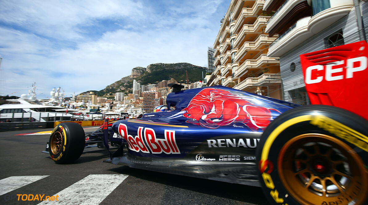 527885627KR00046_F1_Grand_P MONTE-CARLO, MONACO - MAY 21:  Max Verstappen of Netherlands and Scuderia Toro Rosso drives during practice for the Monaco Formula One Grand Prix at Circuit de Monaco on May 21, 2015 in Monte-Carlo, Monaco.  (Photo by Paul Gilham/Getty Images) *** Local Caption *** Max Verstappen F1 Grand Prix of Monaco - Practice Paul Gilham Monte-Carlo Monaco  Formula One Racing formula 1 Auto Racing Formula One Grand Prix Monaco GP Monaco Formula One Grand Prix