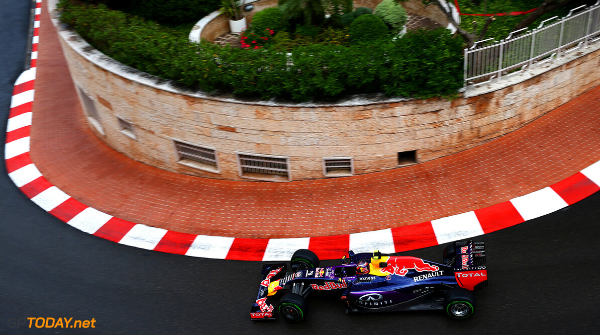 MONTE-CARLO, MONACO - MAY 21:  Daniil Kvyat of Russia and Infiniti Red Bull Racing drives during practice for the Monaco Formula One Grand Prix at Circuit de Monaco on May 21, 2015 in Monte-Carlo, Monaco.  (Photo by Dan Istitene/Getty Images) // Getty Images/Red Bull Content Pool // P-20150521-00363 // Usage for editorial use only // Please go to www.redbullcontentpool.com for further information. //  F1 Grand Prix of Monaco - Practice Dan Istitene Monte-Carlo (City) Monaco  P-20150521-00363