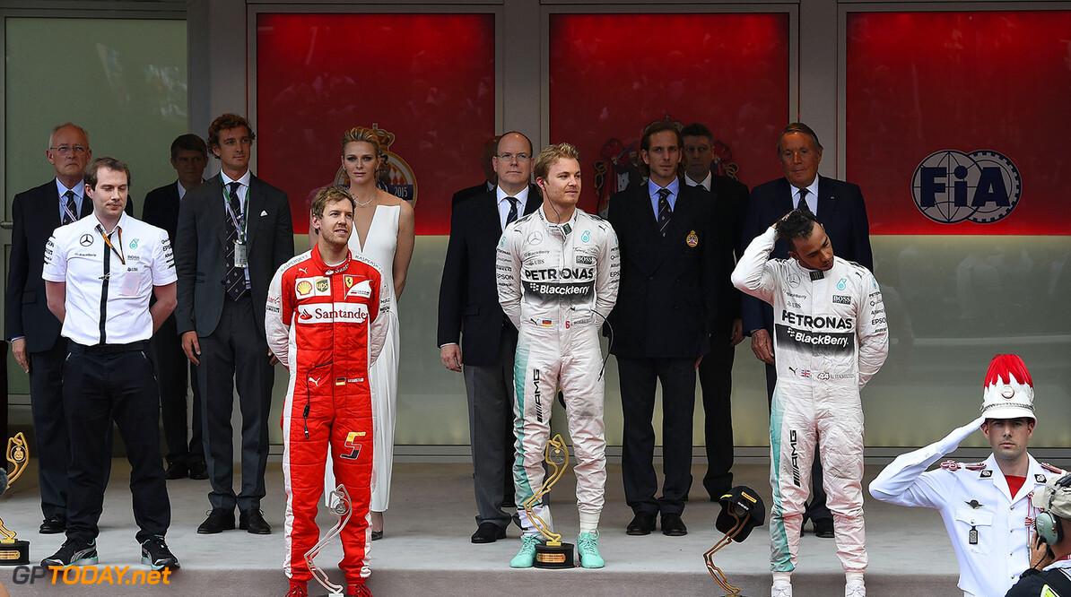 Rosberg ontvangt sportprijs van prins Albert