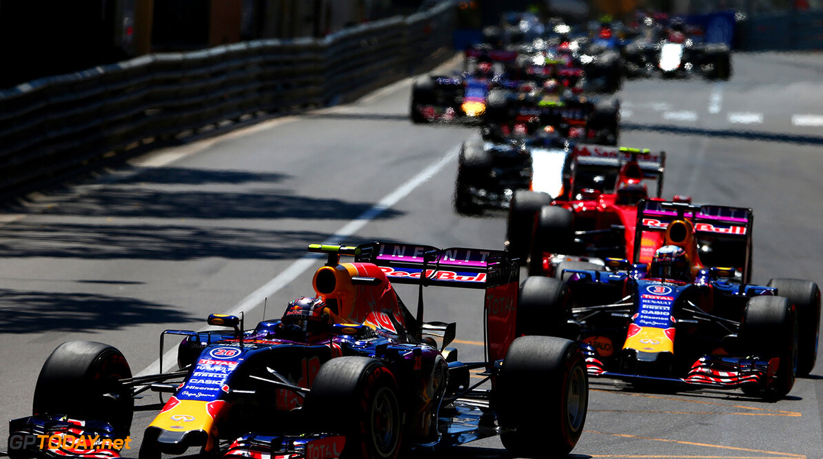 MONTE-CARLO, MONACO - MAY 24:  Daniil Kvyat of Russia and Infiniti Red Bull Racing drives ahead of Daniel Ricciardo of Australia and Infiniti Red Bull Racing during the Monaco Formula One Grand Prix at Circuit de Monaco on May 24, 2015 in Monte-Carlo, Monaco.  (Photo by Dan Istitene/Getty Images) // Getty Images/Red Bull Content Pool // P-20150524-00694 // Usage for editorial use only // Please go to www.redbullcontentpool.com for further information. //  F1 Grand Prix of Monaco Dan Istitene Monte-Carlo (City) Monaco  P-20150524-00694