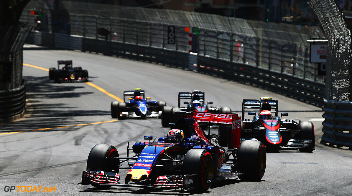 527885649KR00223_F1_Grand_P MONTE-CARLO, MONACO - MAY 24:  Max Verstappen of Netherlands and Scuderia Toro Rosso drives during the Monaco Formula One Grand Prix at Circuit de Monaco on May 24, 2015 in Monte-Carlo, Monaco.  (Photo by Mark Thompson/Getty Images) F1 Grand Prix of Monaco Mark Thompson Monte-Carlo Monaco