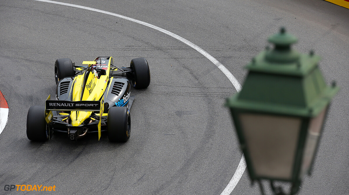 40 FONTANA ALEX(SUI) Pons Racing (SPA) action during the 2015 Formula Renault 3.5 race at Monaco from May 22 to 24th 2015, in Monaco. Photo Gregory Lenormand / DPPI AUTO - MONACO FR 3.5 2015 GREGORY LENORMAND Monaco Monaco  Auto Car FR FR 3.5 Formule Renault WSR World Series by Renault MAI MAY MONACO MONOPLACE Motorsport Race UNIPLACE