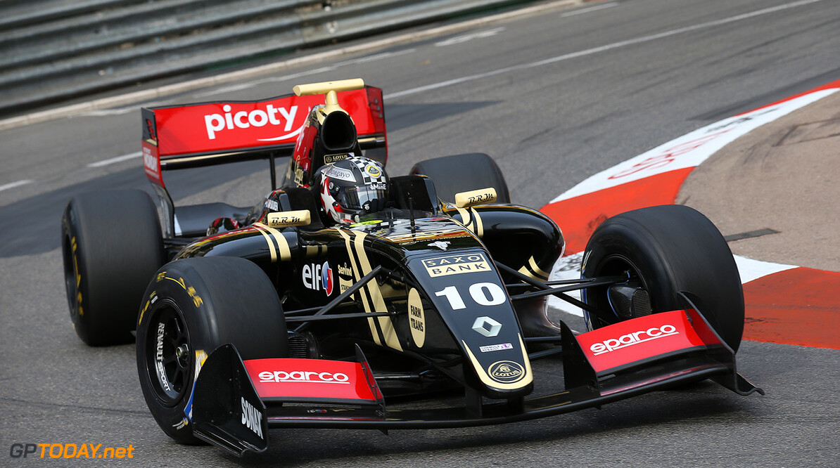 10 VAN_BUUREN Meindert (NED) Lotus (CZE) action during the 2015 Formula Renault 3.5 race at Monaco from May 22 to 24th 2015, in Monaco. Photo Gregory Lenormand / DPPI AUTO - MONACO FR 3.5 2015 GREGORY LENORMAND Monaco Monaco  Auto Car FR FR 3.5 Formule Renault WSR World Series by Renault MAI MAY MONACO MONOPLACE Motorsport Race UNIPLACE