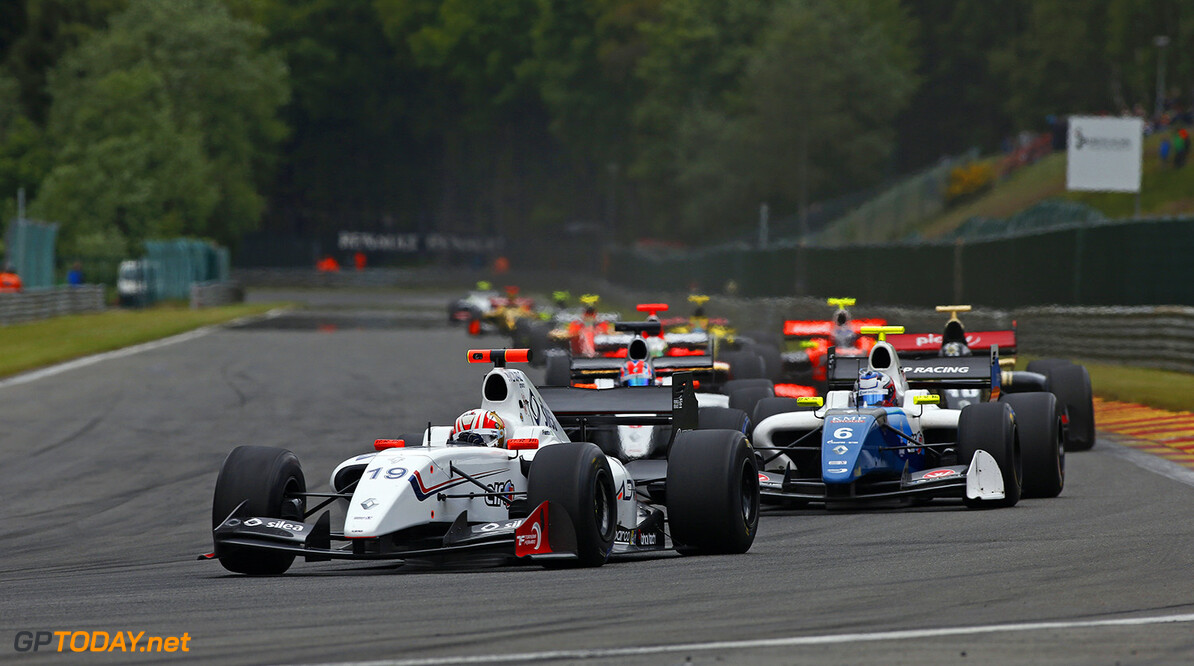 19 FANTIN Pietro (BRA) International Draco Racing (ITA) action during the 2015 World Series by Renault from May 29th to 31st 2015, at Spa Francorchamps, Belgium. Photo Florent Gooden / DPPI. AUTO - WSR SPA FRANCORCHAMPS 2015 Florent Gooden Spa Belgium  2.0 2015 Auto Car CHAMPIONNAT ESPAGNE Europe FORMULA RENAULT FORMULES FR FR 3.5 MONOPLACE Motorsport Race RENAULT SPORT series Sport UNIPLACE VOITURES WORLD WORLD SERIES BY RENAULT WSR