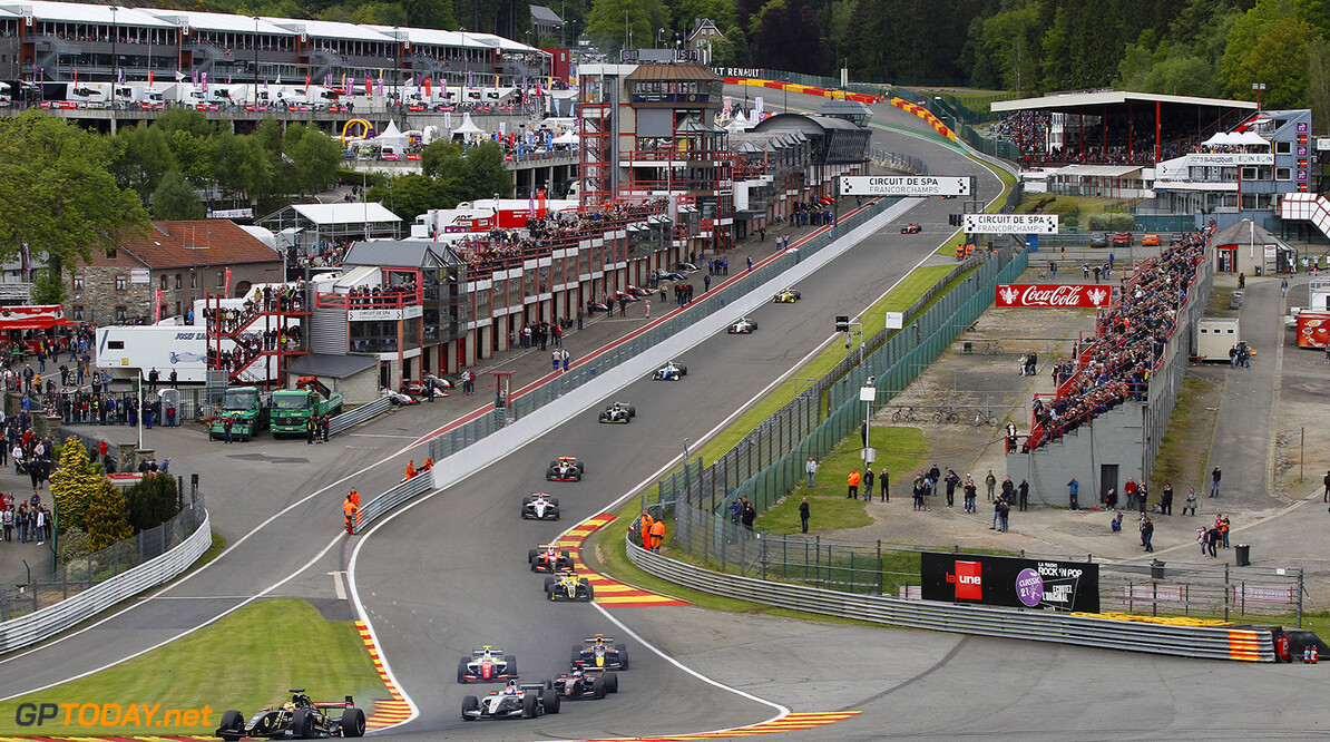 START during the 2015 World Series by Renault from May 29th to 31st 2015, at Spa Francorchamps, Belgium. Photo Florent Gooden / DPPI. AUTO - WSR SPA FRANCORCHAMPS 2015 Florent Gooden Spa Belgium  2.0 2015 Auto Car CHAMPIONNAT ESPAGNE Europe FORMULA RENAULT FORMULES FR FR 3.5 MONOPLACE Motorsport Race RENAULT SPORT series Sport UNIPLACE VOITURES WORLD WORLD SERIES BY RENAULT WSR