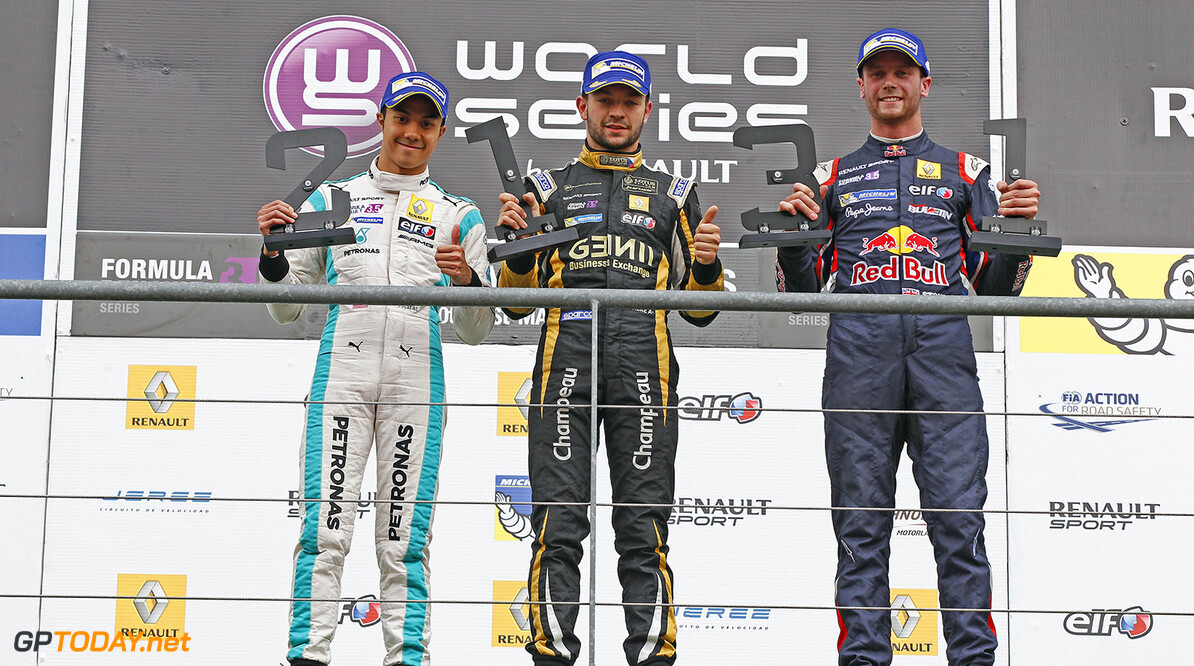 JAAFAR Jazeman (MAL) Fortec Motorsports (GBR) ambiance portrait VAXIVIERE Matthieu (FRA) Lotus (CZE) ambiance portrait STONEMAN Dean (GBR) Dams (FRA) ambiance portrait podium during the 2015 World Series by Renault from May 29th to 31st 2015, at Spa Francorchamps, Belgium. Photo Florent Gooden / DPPI. AUTO - WSR SPA FRANCORCHAMPS 2015 Florent Gooden Spa Belgium  2.0 2015 Auto Car CHAMPIONNAT ESPAGNE Europe FORMULA RENAULT FORMULES FR FR 3.5 MONOPLACE Motorsport Race RENAULT SPORT series Sport UNIPLACE VOITURES WORLD WORLD SERIES BY RENAULT WSR