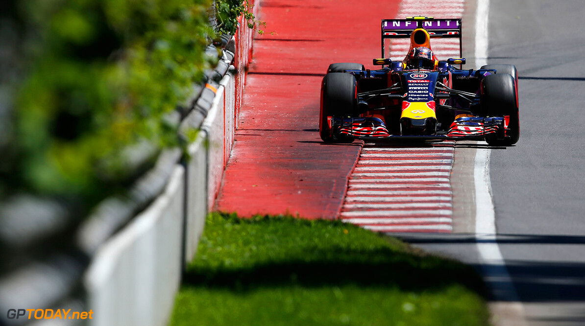 MONTREAL, QC - JUNE 06:  Daniil Kvyat of Russia and Infiniti Red Bull Racing during qualifying for the Canadian Formula One Grand Prix at Circuit Gilles Villeneuve on June 6, 2015 in Montreal, Canada.  (Photo by Charles Coates/Getty Images) // Getty Images/Red Bull Content Pool // P-20150606-00655 // Usage for editorial use only // Please go to www.redbullcontentpool.com for further information. //  Canadian F1 Grand Prix - Qualifying Charles Coates Montreal (City) Canada  P-20150606-00655