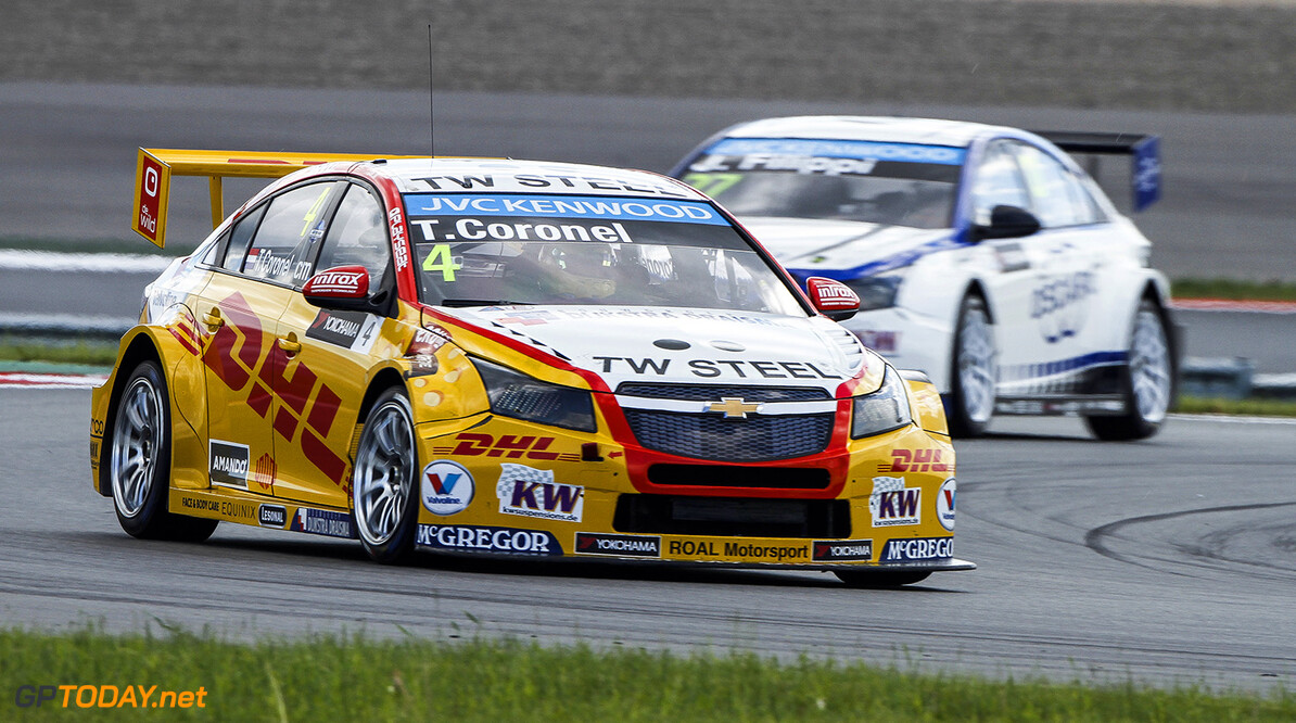 CORONEL Tom (ned) Chevrolet Cruze team Roal motorsport action during the 2015 FIA WTCC World Touring Car Race of Moscow at Moscow Raceway, Russia from June 5th to 7th 2015. Photo Antonin Grenier / DPPI. AUTO - WTCC MOSCOW 2015 Antonin Grenier Moscow Russia  Auto CHAMPIONNAT DU MONDE COURSE FIA HONGRIE Motorsport WTCC circuit europe tourisme