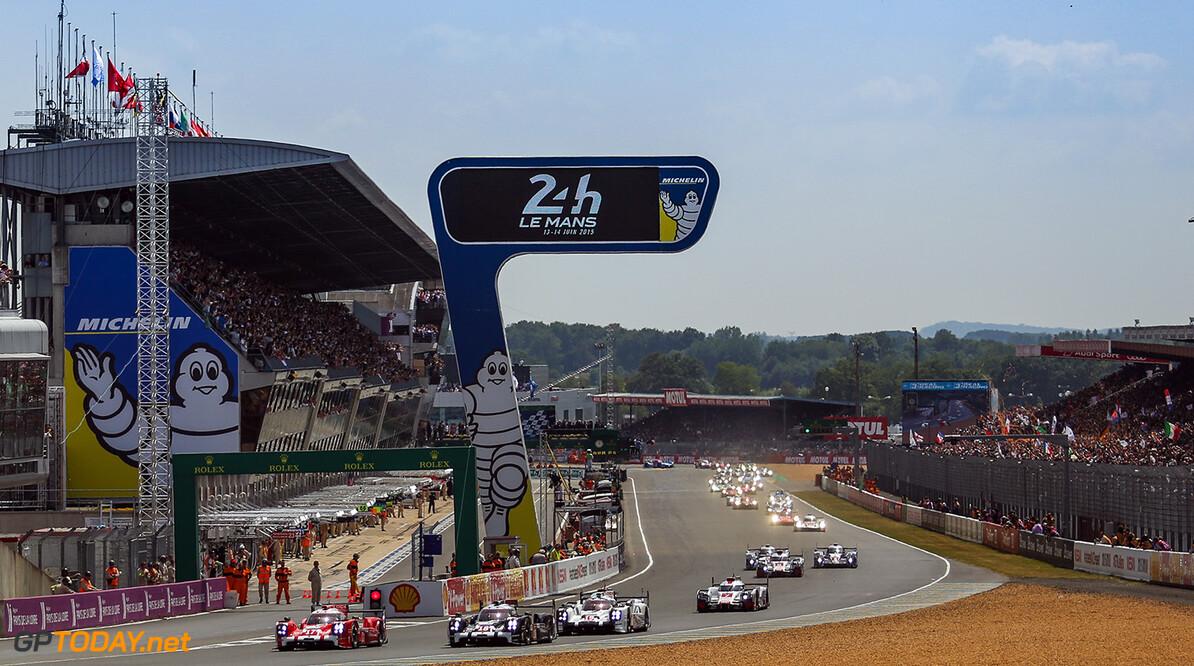 ND5_1943.jpg Car #17 / PORSCHE TEAM (DEU) / PORSCHE 919 HYBRID Hybrid / Timo BERNHARD (DEU) / Mark WEBBER (AUS) / Brendon HARTLEY (NZL) - Le Mans 24 Hours at Circuit Des 24 Heures - Le Mans - France  Car #17 / PORSCHE TEAM (DEU) / PORSCHE 919 HYBRID Hybrid / Timo BERNHARD (DEU) / Mark WEBBER (AUS) / Brendon HARTLEY (NZL) - Le Mans 24 Hours at Circuit Des 24 Heures - Le Mans - France  Nick Dungan Le Mans France  Adrenal Media Le Mans 24 Hours Le Mans France FIA WEC