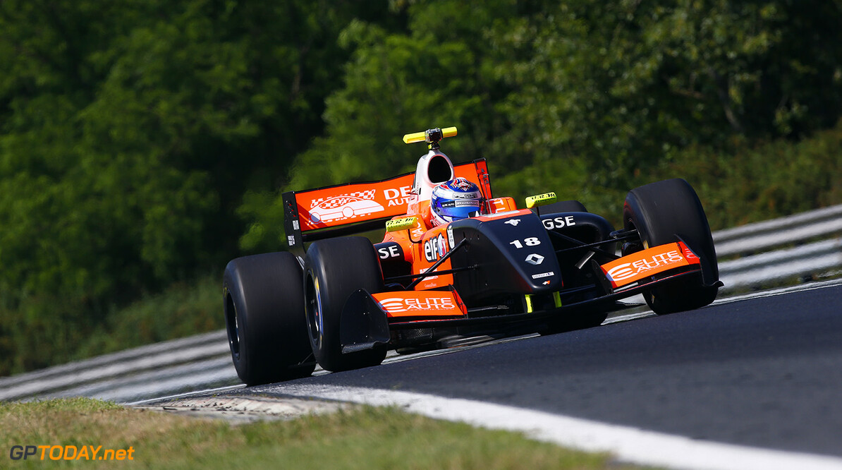 18 PANIS Aurelien (FRA) Tech 1 Racing (FRA) action during the 2015 World Series by Renault from June 13th to 15th  2015, at Hungaroring, Budapest, Hungary. Photo Florent Gooden / DPPI. AUTO - WSR HUNGARORING 2015 Florent Gooden Budapest Hungary  2.0 2015 Auto Car CHAMPIONNAT ESPAGNE Europe FORMULA RENAULT FORMULES FR FR 3.5 MONOPLACE Motorsport Race RENAULT SPORT series Sport UNIPLACE VOITURES WORLD WORLD SERIES BY RENAULT WSR