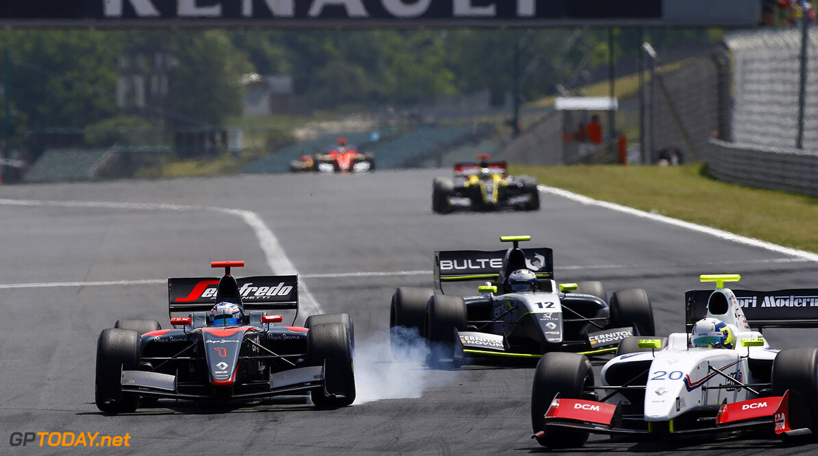 01 DE_VRIES Nyck (NED) Dams (FRA) action during the 2015 World Series by Renault from June 13th to 15th  2015, at Hungaroring, Budapest, Hungary. Photo Florent Gooden / DPPI. AUTO - WSR HUNGARORING 2015 Florent Gooden Budapest Hungary  2.0 2015 Auto Car CHAMPIONNAT ESPAGNE Europe FORMULA RENAULT FORMULES FR FR 3.5 MONOPLACE Motorsport Race RENAULT SPORT series Sport UNIPLACE VOITURES WORLD WORLD SERIES BY RENAULT WSR