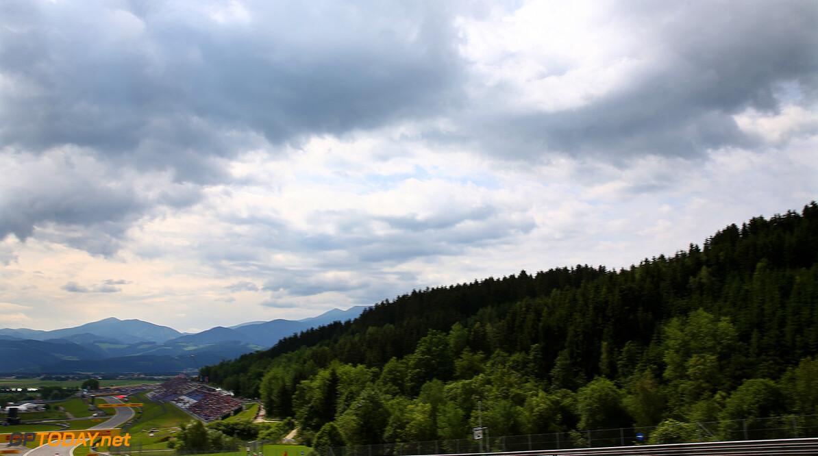 SPIELBERG, AUSTRIA - JUNE 19:  Max Verstappen of Netherlands and Scuderia Toro Rosso drives during practice for the Formula One Grand Prix of Austria at Red Bull Ring on June 19, 2015 in Spielberg, Austria.  (Photo by Dan Istitene/Getty Images) // Getty Images/Red Bull Content Pool // P-20150619-00226 // Usage for editorial use only // Please go to www.redbullcontentpool.com for further information. //  F1 Grand Prix of Austria - Practice Dan Istitene Spielberg Bei Knittelfeld Austria  P-20150619-00226