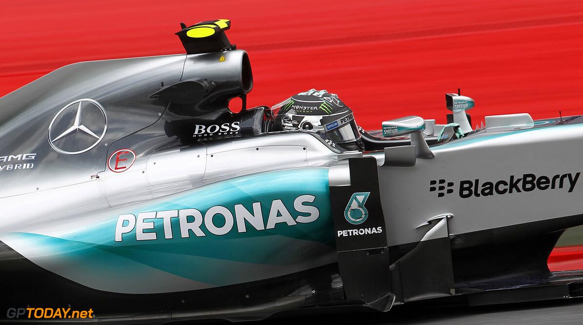 Rosberg verslaat Hamilton tijdens kwalificatie in Rusland