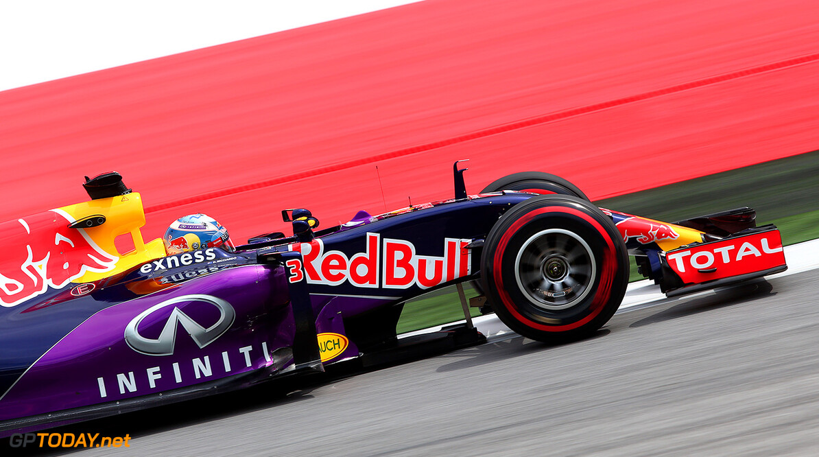 SPIELBERG, AUSTRIA - JUNE 19:  Daniel Ricciardo of Australia and Infiniti Red Bull Racing drives during practice for the Formula One Grand Prix of Austria at Red Bull Ring on June 19, 2015 in Spielberg, Austria.  (Photo by Mark Thompson/Getty Images) // Getty Images/Red Bull Content Pool // P-20150619-00525 // Usage for editorial use only // Please go to www.redbullcontentpool.com for further information. //  F1 Grand Prix of Austria - Practice Mark Thompson Spielberg Bei Knittelfeld Austria  P-20150619-00525