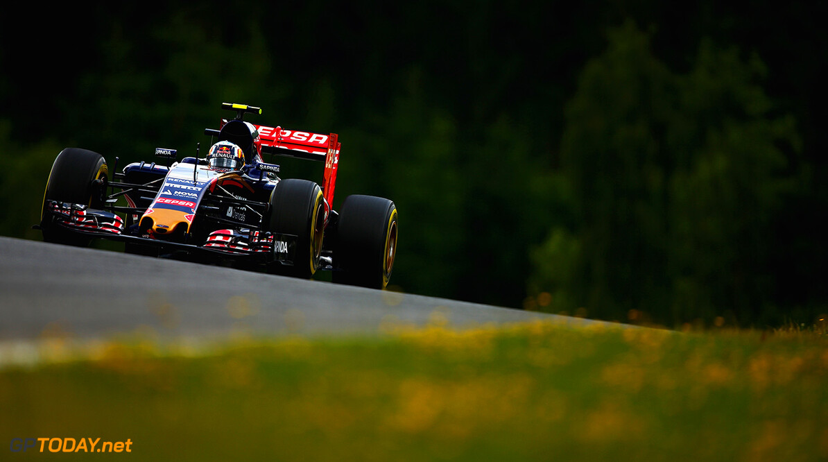 SPIELBERG, AUSTRIA - JUNE 19:  Carlos Sainz of Spain and Scuderia Toro Rosso drives during practice for the Formula One Grand Prix of Austria at Red Bull Ring on June 19, 2015 in Spielberg, Austria.  (Photo by Clive Mason/Getty Images) // Getty Images/Red Bull Content Pool // P-20150619-00422 // Usage for editorial use only // Please go to www.redbullcontentpool.com for further information. //  F1 Grand Prix of Austria - Practice Clive Mason Spielberg Bei Knittelfeld Austria  P-20150619-00422