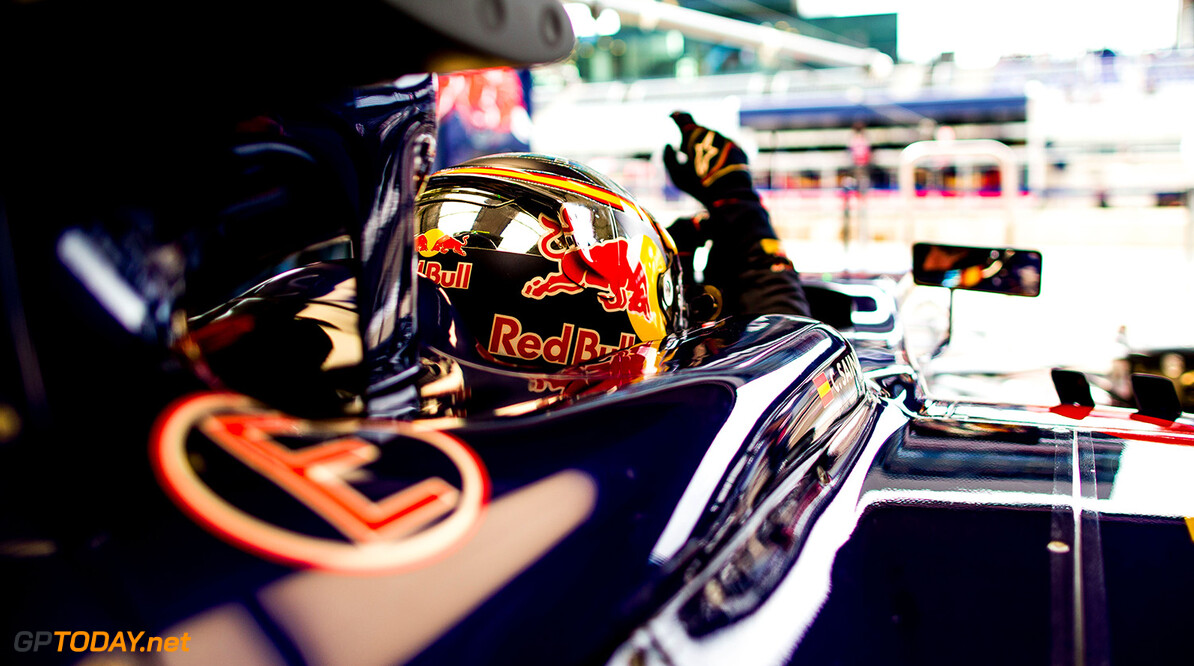 SPIELBERG, AUSTRIA - JUNE 19:  Carlos Sainz of Scuderia Toro Rosso and Spain during practice for the Formula One Grand Prix of Austria at Red Bull Ring on June 19, 2015 in Spielberg, Austria.  (Photo by Peter Fox/Getty Images) // Getty Images/Red Bull Content Pool // P-20150619-00319 // Usage for editorial use only // Please go to www.redbullcontentpool.com for further information. //  F1 Grand Prix of Austria - Practice Peter Fox Spielberg Bei Knittelfeld Austria  P-20150619-00319