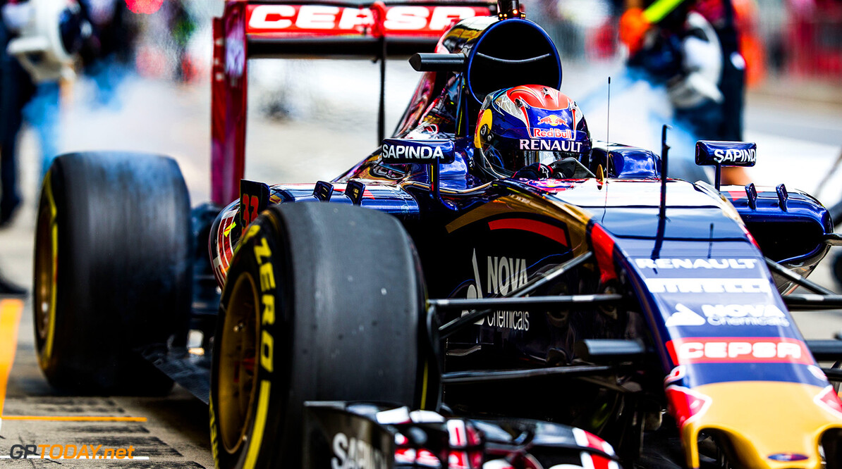 SPIELBERG, AUSTRIA - JUNE 19:  Max Verstappen of Scuderia Toro Rosso and The Netherlands during practice for the Formula One Grand Prix of Austria at Red Bull Ring on June 19, 2015 in Spielberg, Austria.  (Photo by Peter Fox/Getty Images) // Getty Images/Red Bull Content Pool // P-20150619-00287 // Usage for editorial use only // Please go to www.redbullcontentpool.com for further information. //  F1 Grand Prix of Austria - Practice Peter Fox Spielberg Bei Knittelfeld Austria  P-20150619-00287