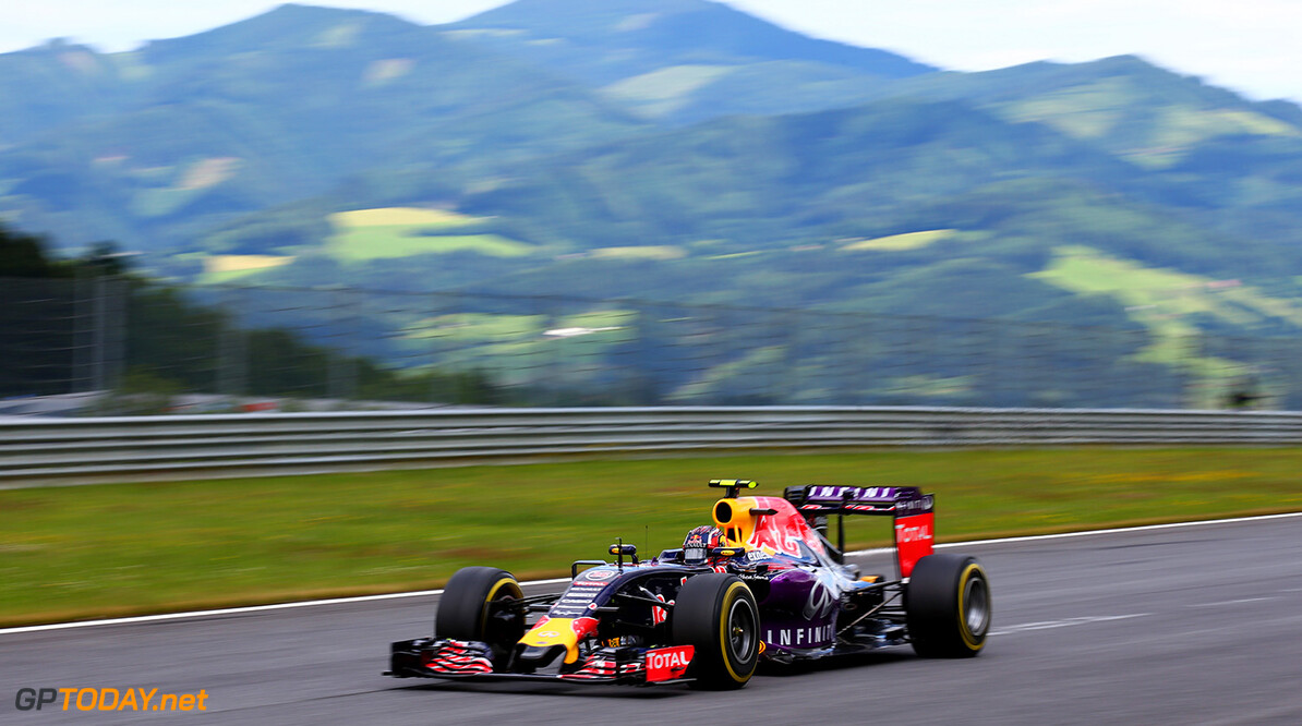 SPIELBERG, AUSTRIA - JUNE 21:  Daniil Kvyat of Russia and Infiniti Red Bull Racing drives during the Formula One Grand Prix of Austria at Red Bull Ring on June 21, 2015 in Spielberg, Austria.  (Photo by Mark Thompson/Getty Images) // Getty Images/Red Bull Content Pool // P-20150621-00673 // Usage for editorial use only // Please go to www.redbullcontentpool.com for further information. //  F1 Grand Prix of Austria Mark Thompson Spielberg Bei Knittelfeld Austria  P-20150621-00673