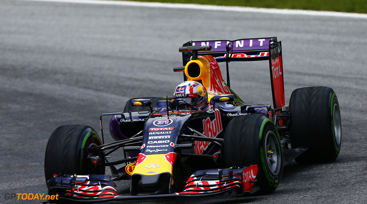 SPIELBERG, AUSTRIA - JUNE 23:  Pierre Gasly of France and Infiniti Red Bull Racing is seen driving during Formula One testing at the Red Bull Ring on June 23, 2015 in Spielberg, Austria.  (Photo by Andrew Hone/Getty Images) // Getty Images/Red Bull Content Pool // P-20150623-00475 // Usage for editorial use only // Please go to www.redbullcontentpool.com for further information. //  F1 Testing In Austria Andrew Hone Spielberg Bei Knittelfeld Austria  P-20150623-00475