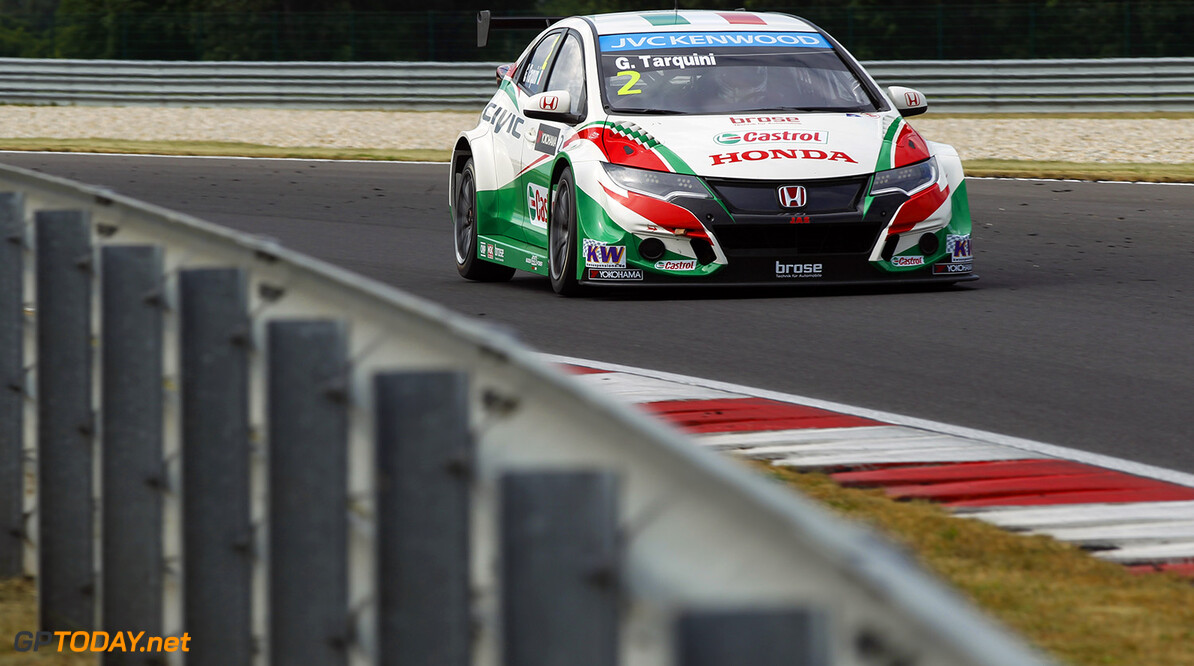 02 TARQUINI Gabriele (ita) Honda Civic team Honda racing Jas action during the 2015 FIA WTCC World Touring Car Championship race of Slovakia at Slovakia Ring, from June 19 to 21st 2015. Photo Florent Gooden / DPPI. AUTO - WTCC SLOVAKIA 2015 Florent Gooden Orechova Poton Slovaquie  AUTO CHAMPIONNAT DU MONDE CIRCUIT COURSE FIA JUIN JUNE Motorsport SLOVAQUIE TOURISME WTCC