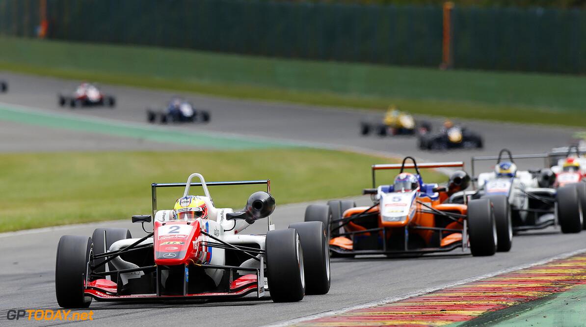 FIA Formula 3 European Championship, round 5, race 2, Spa-Franco 2 Jake Dennis (GBR, Prema Powerteam, Dallara F312 - Mercedes-Benz), 5 Santino Ferrucci (USA, kfzteile24 Mucke Motorsport, Dallara F312 - Mercedes-Benz), FIA Formula 3 European Championship, round 5, race 2, Spa-Francorchamps (BEL) - 19. - 21. June 2015 FIA Formula 3 European Championship, round 5, race 2, Spa-Francorchamps (BEL) Thomas Suer Spa-Francorchamps Belgium