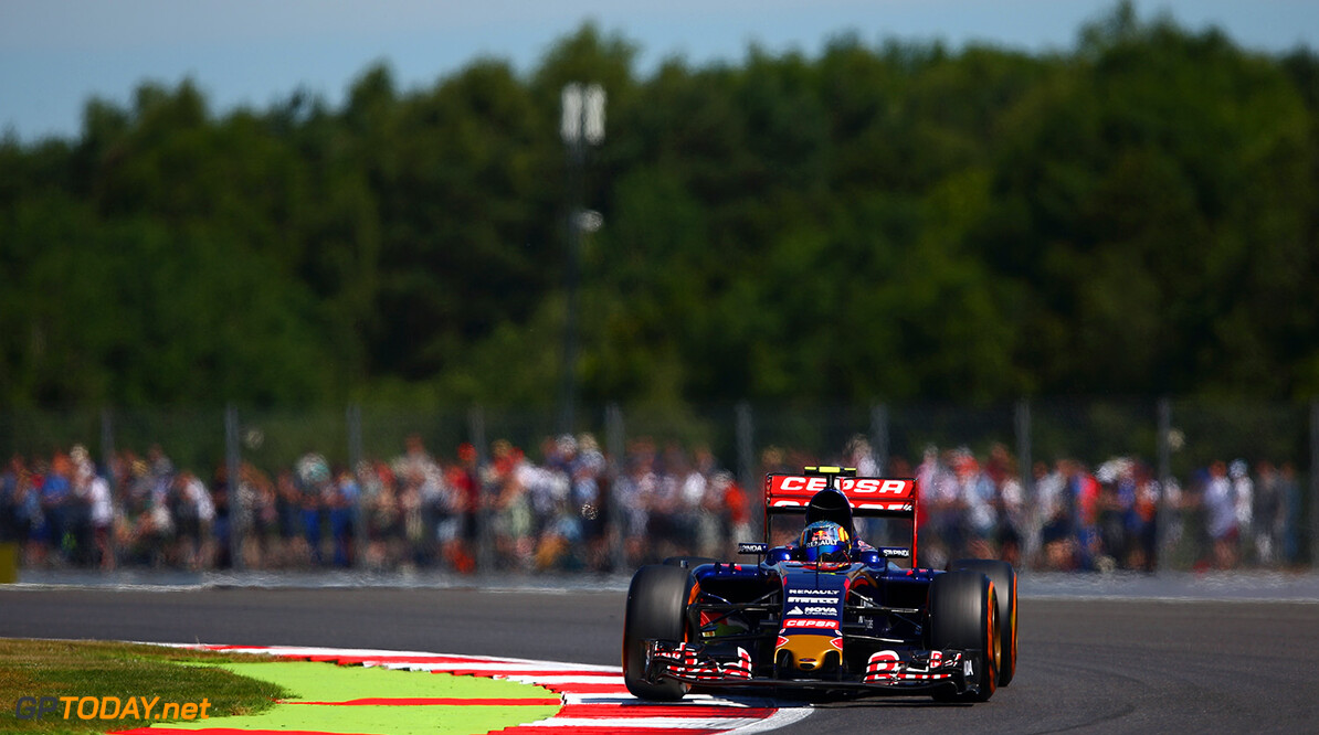 NORTHAMPTON, ENGLAND - JULY 03:  Carlos Sainz of Spain and Scuderia Toro Rosso drives during practice for the Formula One Grand Prix of Great Britain at Silverstone Circuit on July 3, 2015 in Northampton, England.  (Photo by Clive Mason/Getty Images) // Getty Images/Red Bull Content Pool // P-20150703-00361 // Usage for editorial use only // Please go to www.redbullcontentpool.com for further information. //  F1 Grand Prix of Great Britain - Practice Clive Mason Silverstone United Kingdom  P-20150703-00361