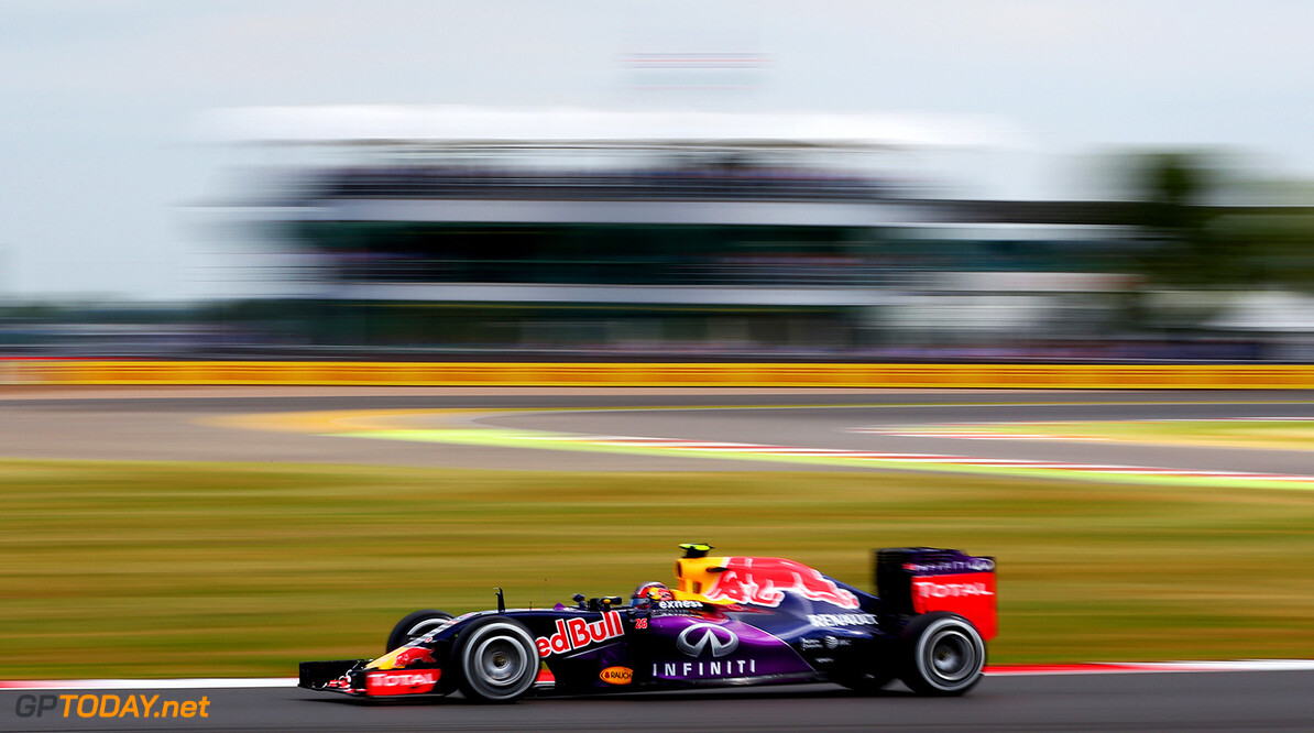 NORTHAMPTON, ENGLAND - JULY 04:  Daniil Kvyat of Russia and Infiniti Red Bull Racing drives during final practice for the Formula One Grand Prix of Great Britain at Silverstone Circuit on July 4, 2015 in Northampton, England.  (Photo by Mark Thompson/Getty Images) // Getty Images/Red Bull Content Pool // P-20150704-00163 // Usage for editorial use only // Please go to www.redbullcontentpool.com for further information. //  F1 Grand Prix of Great Britain - Qualifying Mark Thompson Silverstone United Kingdom  P-20150704-00163