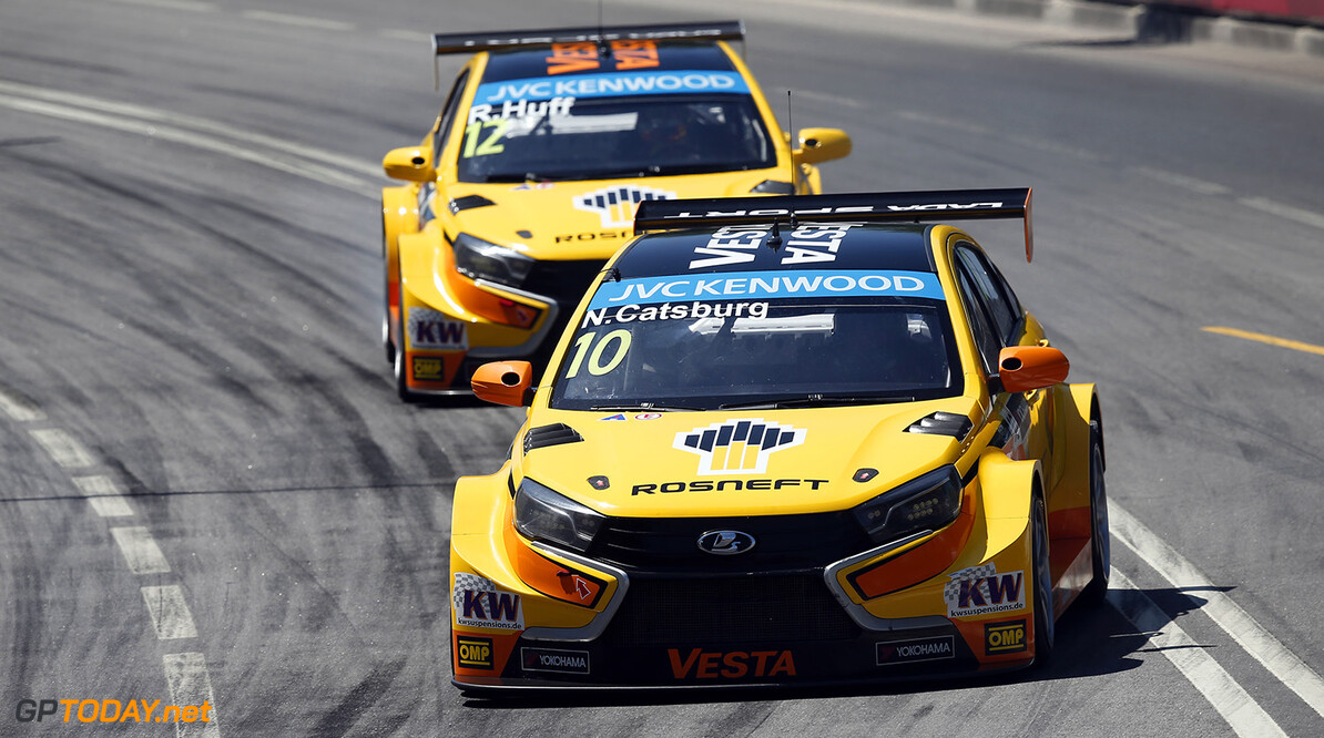 10 CATSBURG Nicky (ned) Lada Vesta team Lada Sport Rosneft action during the 2015 FIA WTCC World Touring Car Championship race of Portugal, Vila Real from July 10th to 12th 2015. Photo Alexandre Guillaumot / DPPI. Auto - WTCC Portugal 2015 Alexandre Guillaumot    Auto CHAMPIONNAT DU MONDE CIRCUIT COURSE FIA Motorsport TOURISME WTCC