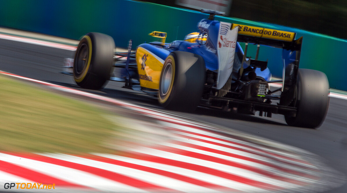 Sauber in talks with Renault over engines for 2016