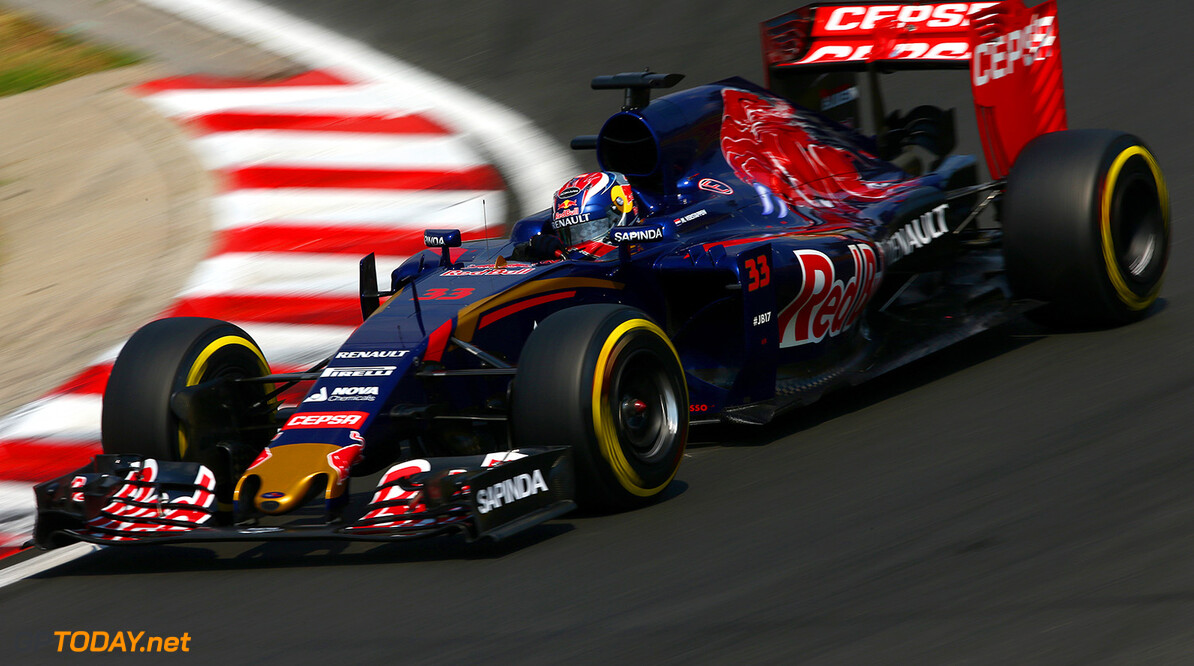 BUDAPEST, HUNGARY - JULY 25:  Max Verstappen of Netherlands and Scuderia Toro Rosso drives during qualifying for the Formula One Grand Prix of Hungary at Hungaroring on July 25, 2015 in Budapest, Hungary.  (Photo by Clive Mason/Getty Images) // Getty Images/Red Bull Content Pool // P-20150725-00282 // Usage for editorial use only // Please go to www.redbullcontentpool.com for further information. //  F1 Grand Prix of Hungary - Qualifying Clive Mason Budapest Hungary  P-20150725-00282
