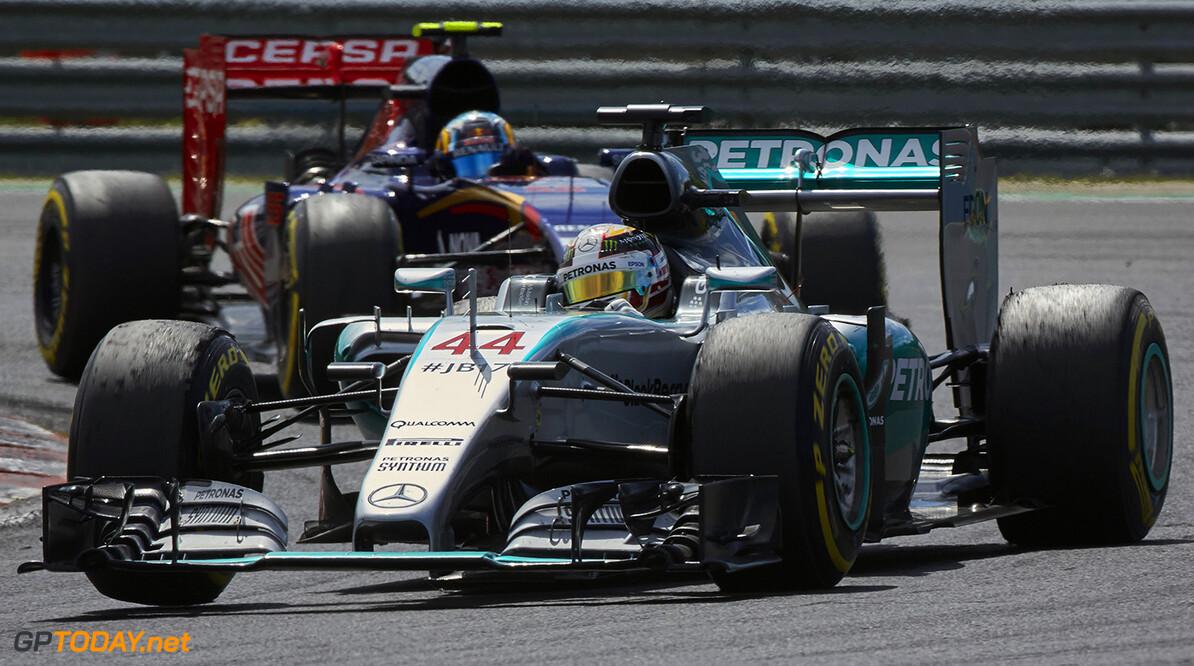 Lewis Hamilton wint Grand Prix van België, Verstappen achtste
